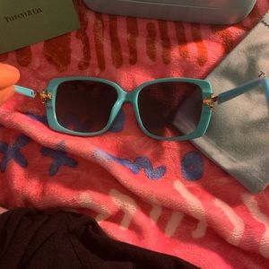 Accessories - Tiffany Sunglasses Blue and Diamond Key